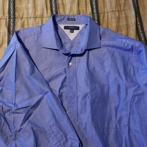 Men's Tommy Hilfiger dress shirt